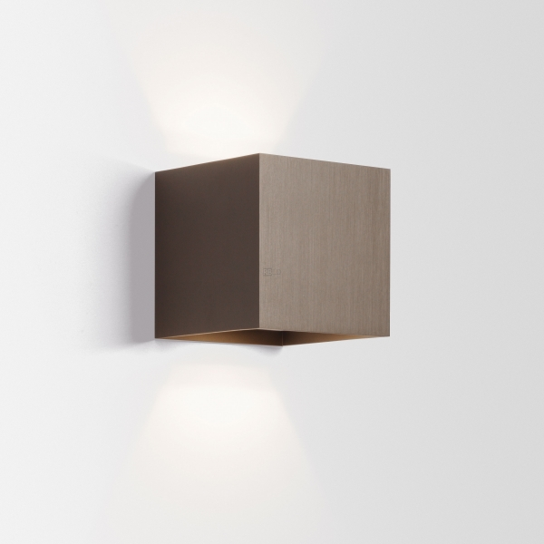 wall surface lamp wever ducre 39 15 box order online. Black Bedroom Furniture Sets. Home Design Ideas
